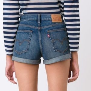 LEVI'S - mid-rise rolled cuff cut off denim shorts